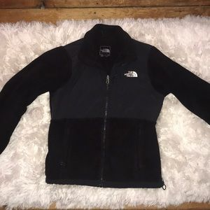 black north face jacket size small